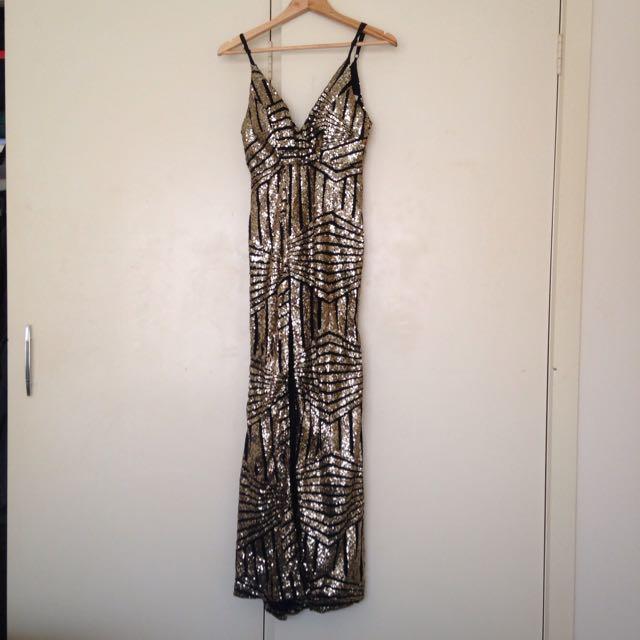 Glamour Ballgown Gold Black Size 10