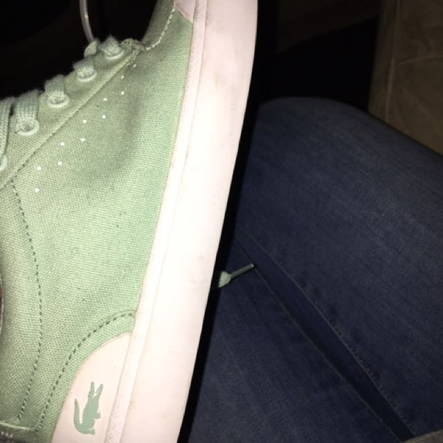 Lacoste low top sneakers