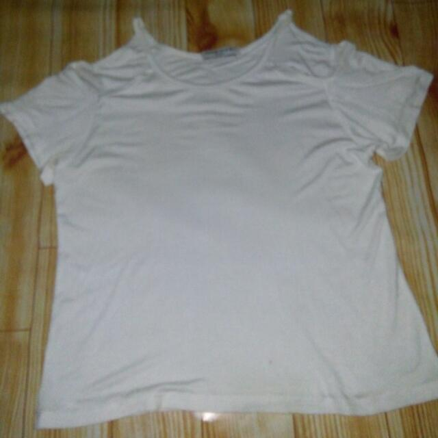 Outshoulder Top White
