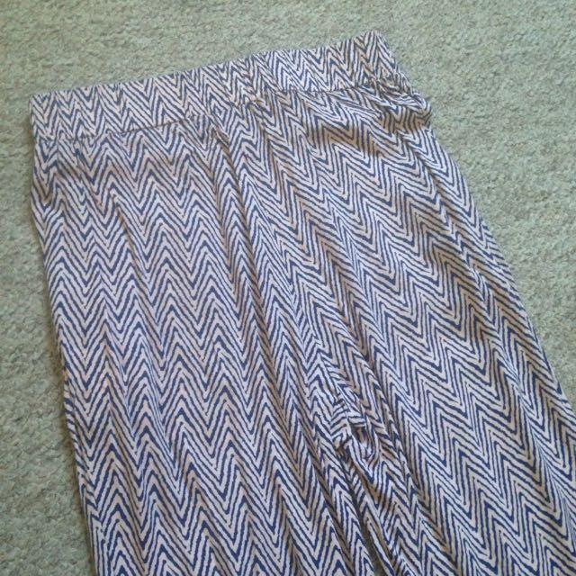Printed Pants Size 6
