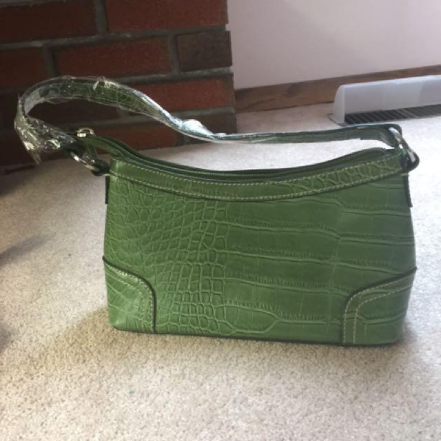 Tommy Hilfiger green leather handbag