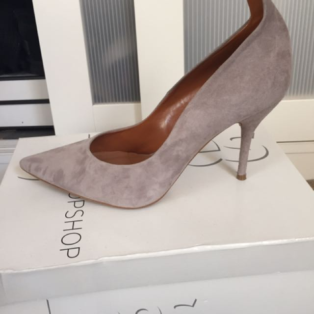 TOPSHOP Grey/taupe Heels/pumps In Size 8.5