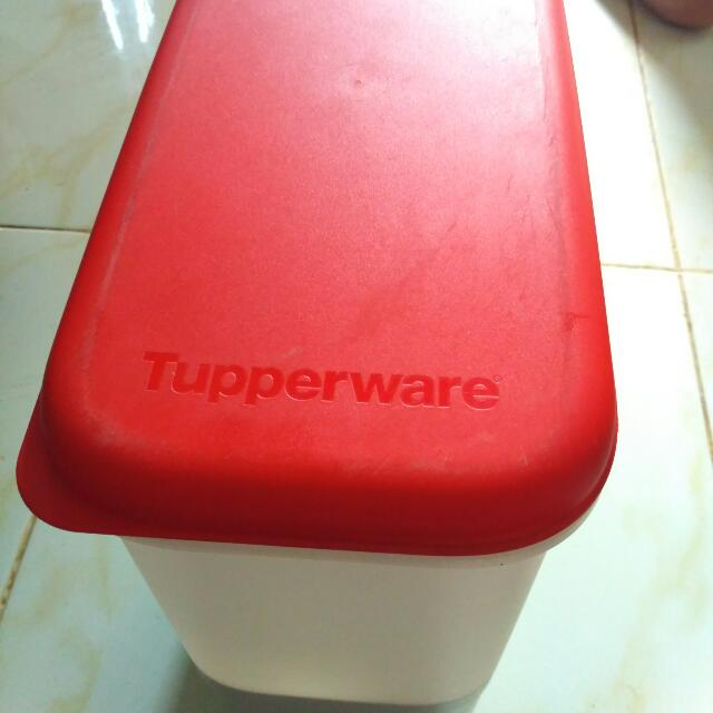 Tupperware Tempat Beras