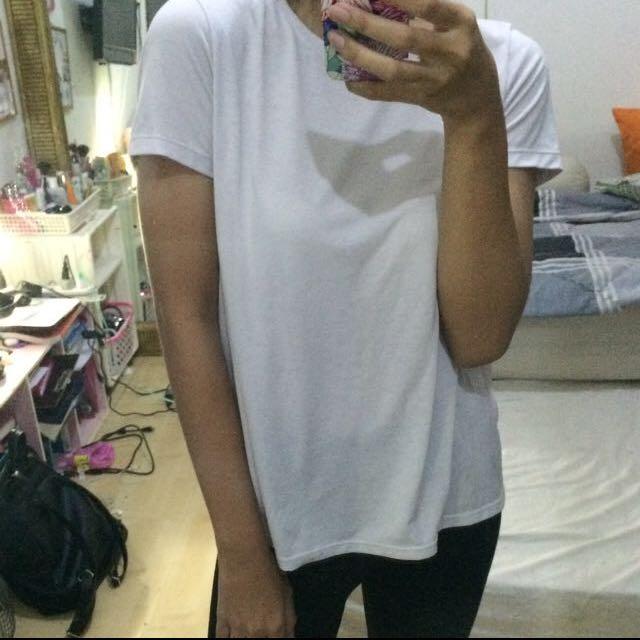 Uniqlo Two Tone T Shirt