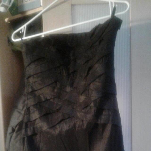 😸Wet Seal Black Dress