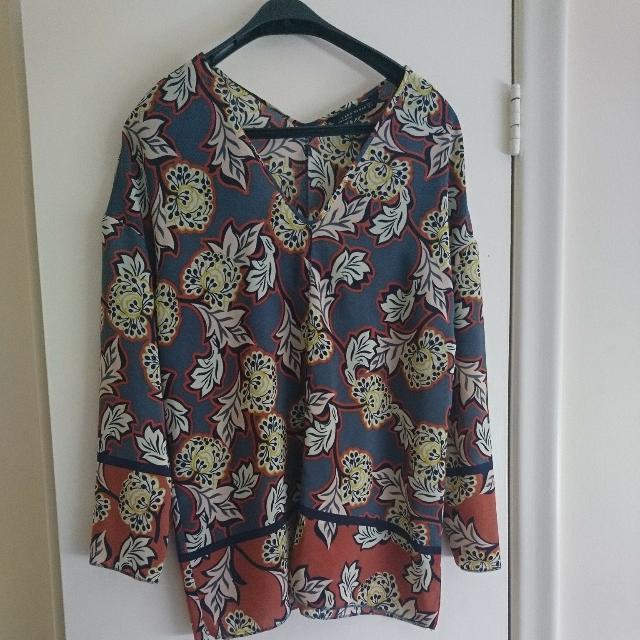 Zara Woman Fashionable Clothes