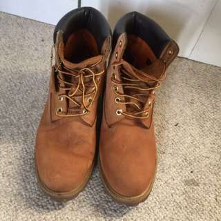 """Men's Timberlands 6"""" Icon (classic) Size 10"""