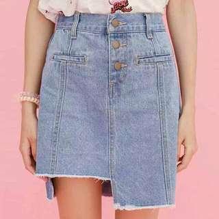 百搭顯瘦不規則牛仔短裙