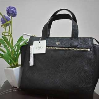 Fossil Tesha Satches In Black