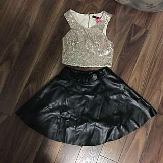 Crop Top/Leather Skirt Outfit