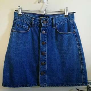 DENIM SKIRT - Size 8