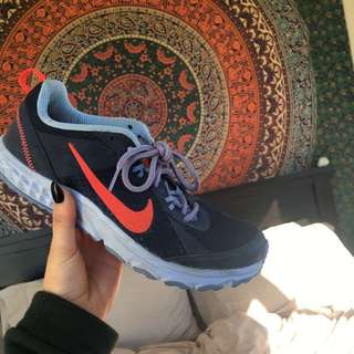 Nike Trainers Navy/purple Size 8.5