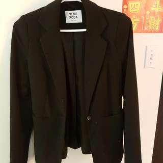 Vero Moda Black Blazer Size 4