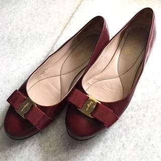 Rare Authentic Ferragamo Flats In Oxblood