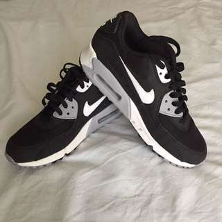 Nike Air's - Size 8/39