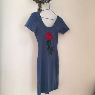 Women's Lilttle Blue Dress With Sleeves Fitted With Rose 🌹