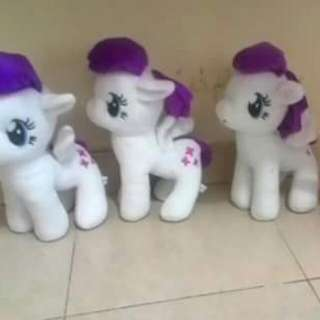 The White Kuda Poni