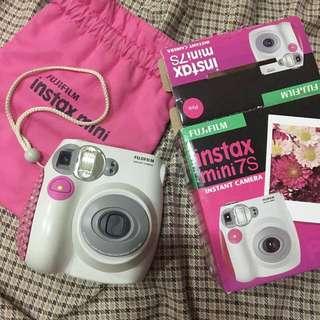 Pink Fujifilm Instax Mini 7S