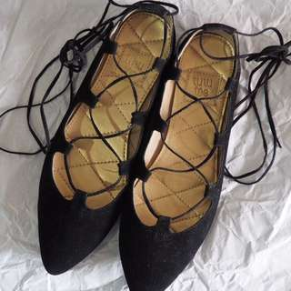 Emily Shoes by TUTU TOE (black)