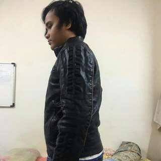 Wilson Leather (leather jacket) Insulated for cold weather panas pon x rase Banyak compartment  Pocket++ Can nego Dm for more info