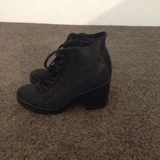 NEW Top Shop Lace Up Black Boots