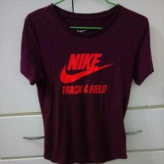 Nike 酒紅T-shirt T恤 L 含運