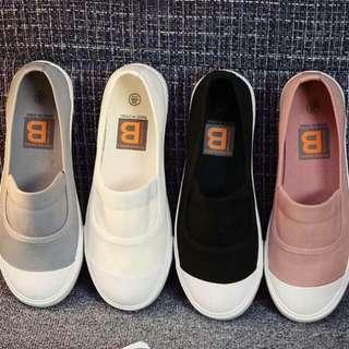 👟粉紅色休閒鞋