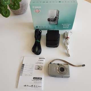 Canon IXUS 800IS Digital Camera