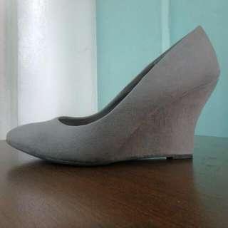Fioni Grey Shoes Heels (Wedge Pumps)