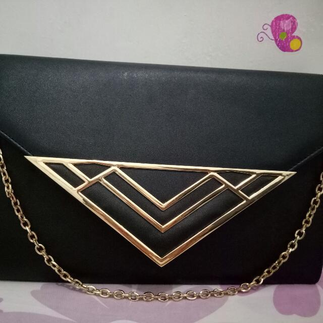 Athmosphere Black Clutch