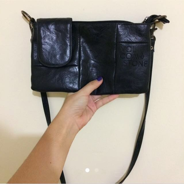 authentic volcom sling bag