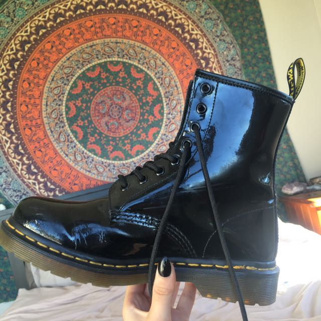 Black 8 Eye Dr Martens