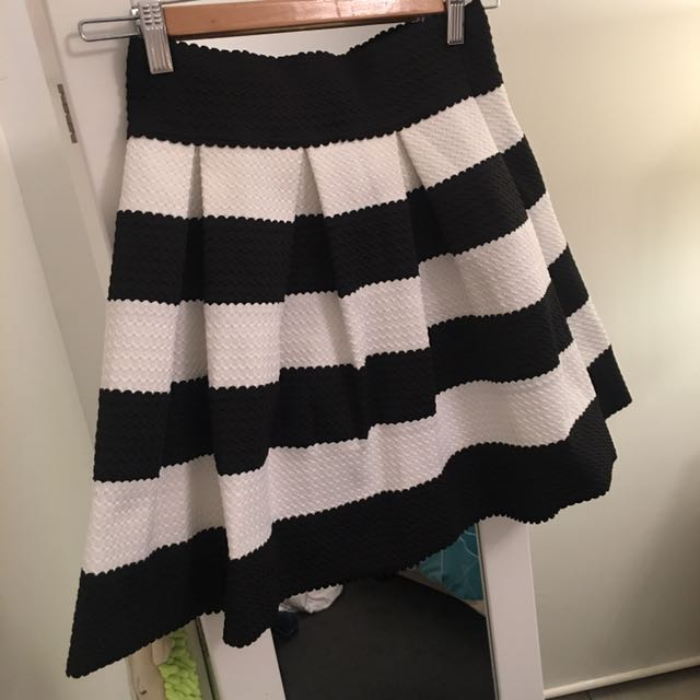 Black And White Flared Midi Skirt