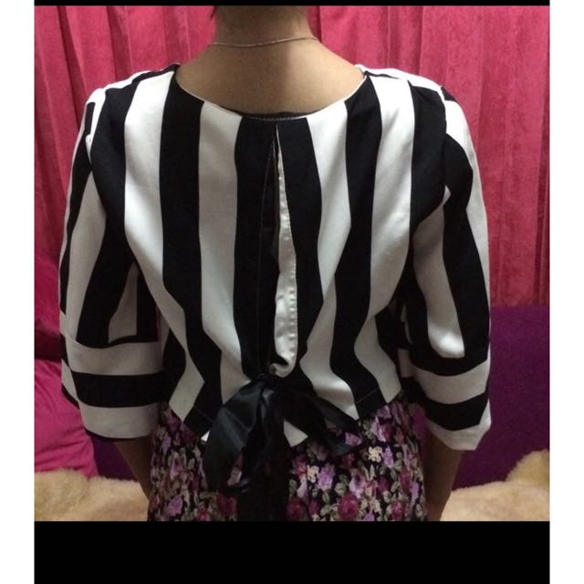 blouse black & white