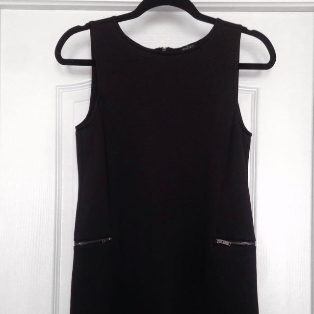 Boxy Zipper Pocket Dress