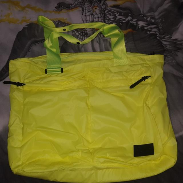 Brand New Without Tags Genuien Nike Bag