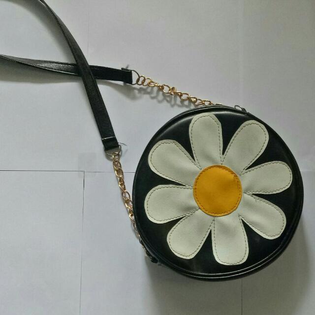 Daisy bag / Sling Bag Flower