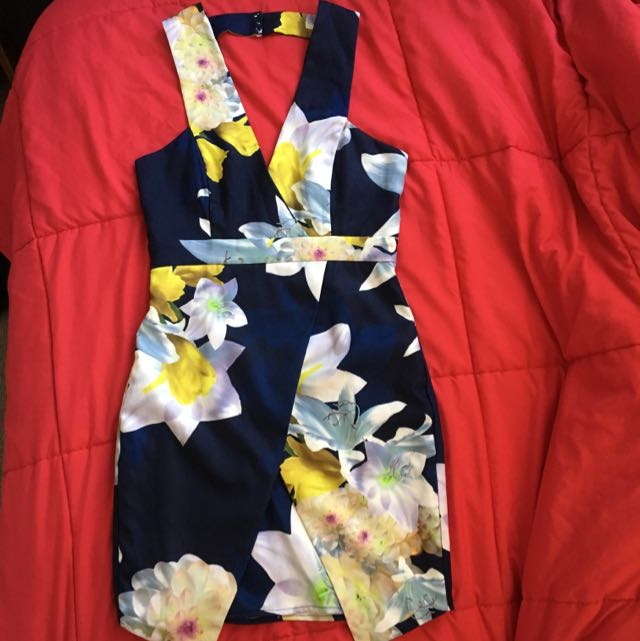 Dotti Floral Plunging Neckline Short Dress