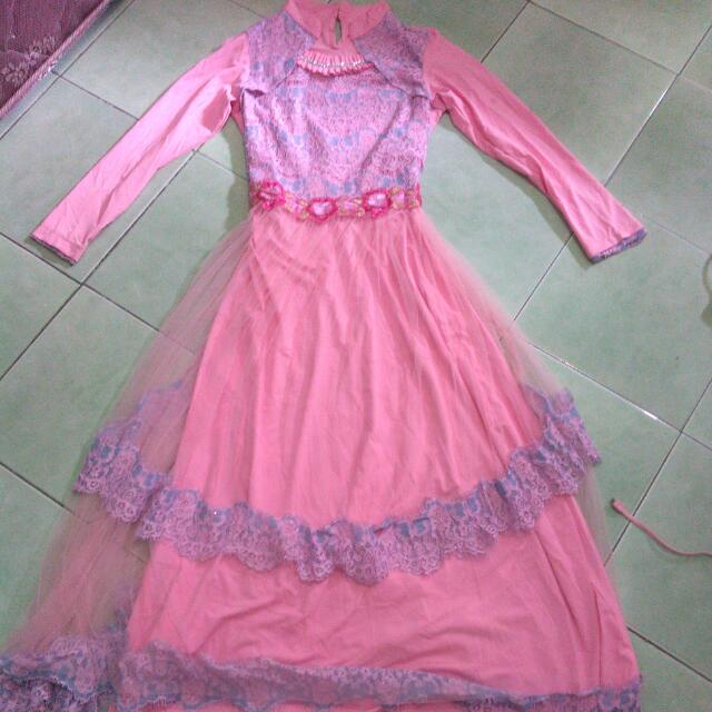 Dress With Tille