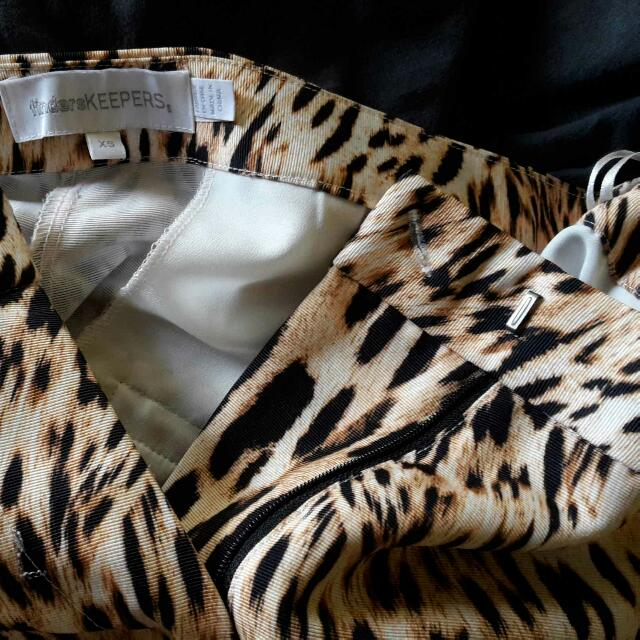 e7260f40515a FINDERS KEEPERS Underpass Pants Leopard Animal Print Drop Crotch Peg Sz XS  Fits 8 Or 10, Women's Fashion, Clothes on Carousell