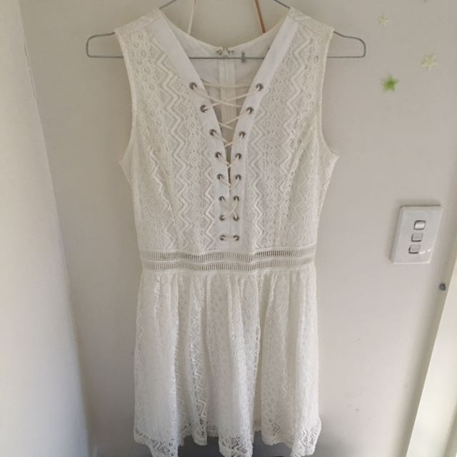 *free shipping* WHITE LACE ALICE DRESS