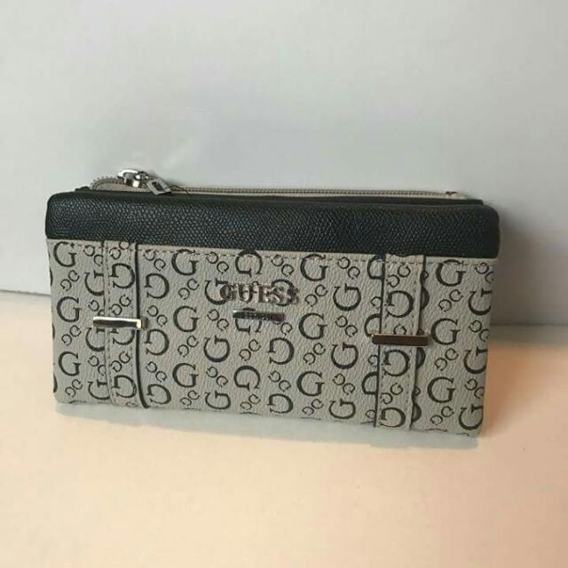 Guess Wallet BNWT