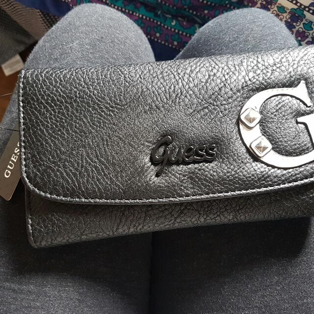 GUESS WALLET NEW WITH TAG