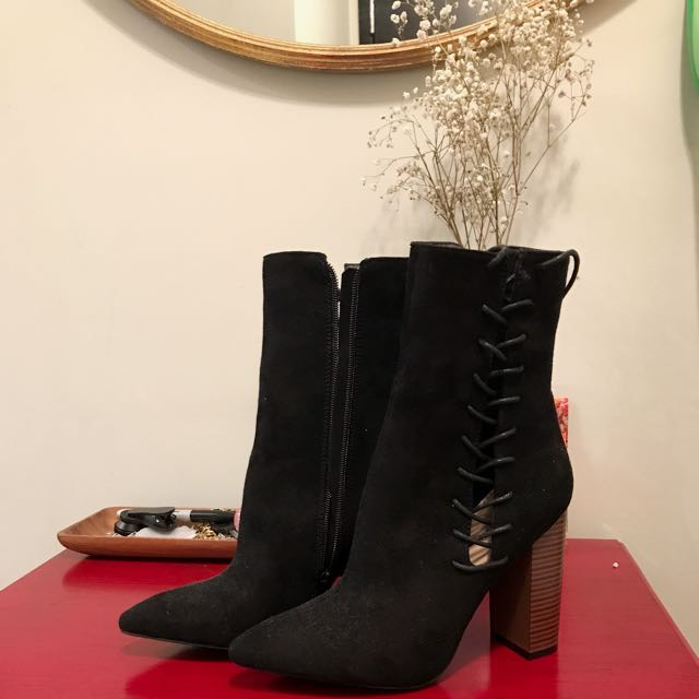 Heeled Black Boots - Suede