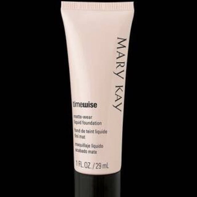 Mary Kay Liquid Foundation Matte Wear FREE SHIPPING! For a Minimum Of 1000. 🌺♥️