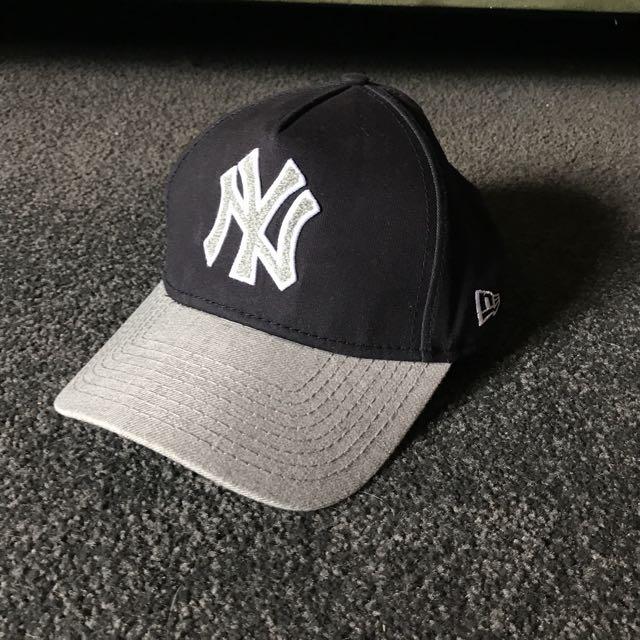 New Era Black And Grey Yankees Cap