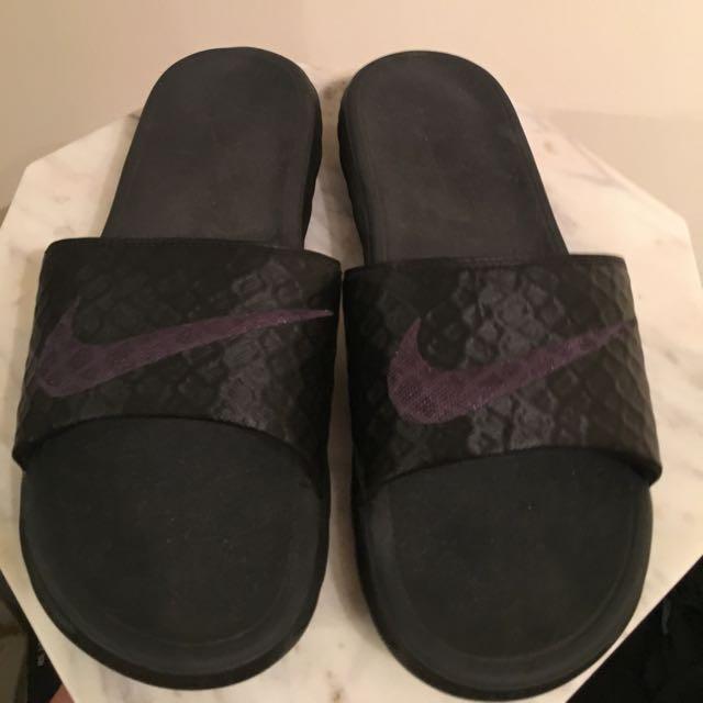 Nike Bennasi Slides Women's 8