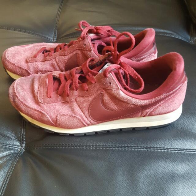 Nike Running Shoes - Vintage Maroon