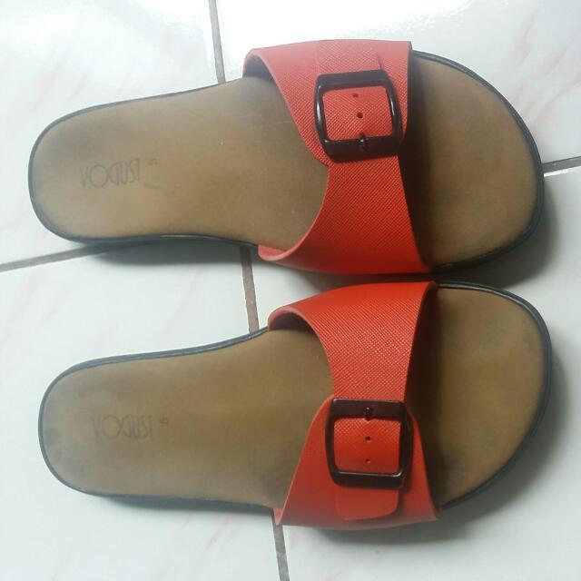 Red Slipper