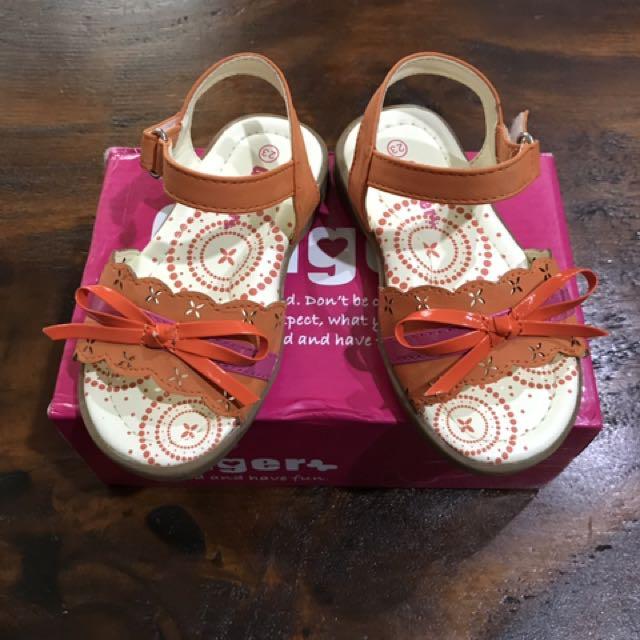 Sandal anak merek impor ginger